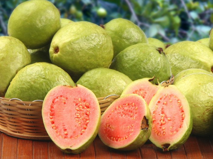 """GUAVA JUICE – THE TASTE OF """"FRUIT OF THE EARTH"""""""